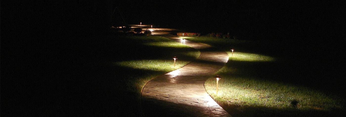 Pathway Lighting | Naples Landscape Lighting